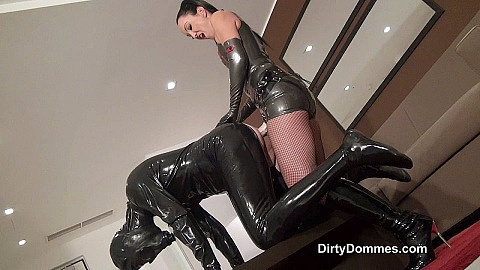 Gasmask strap-on fuck part 1